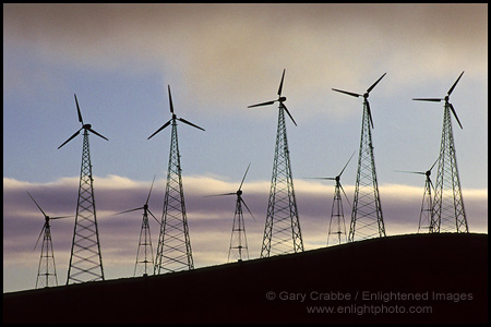 Photo: Wind Energy Turbines at Altamont Pass, California