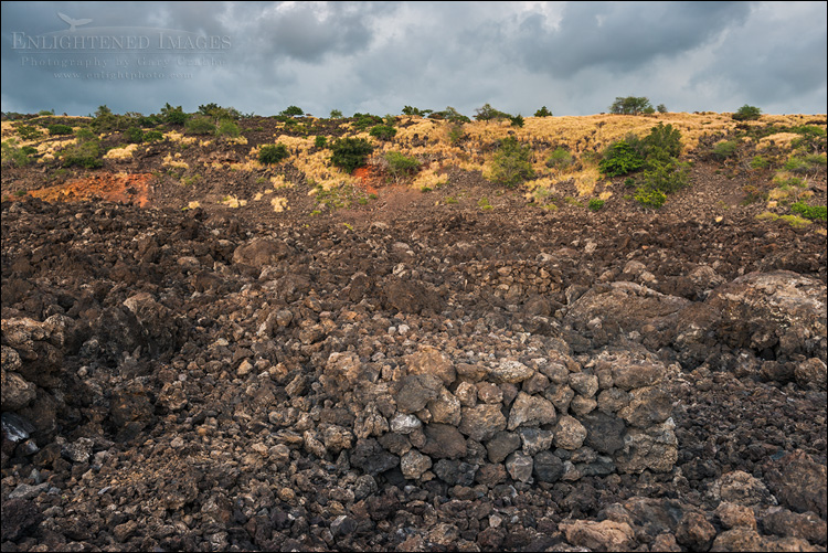 Image: Lekeleke Graveyard, site of the Kuamo'o Battle in 1819, The End of the World, Maihi Bay, near Keauhou, North Kona District, Big Island, Hawaii